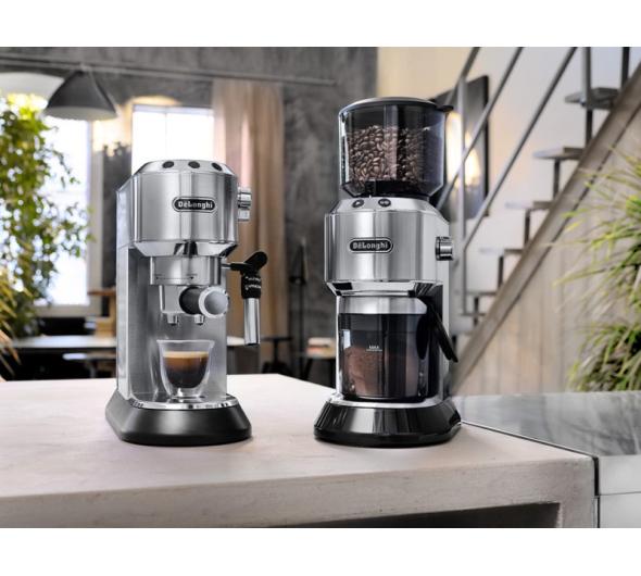 Καφετιέρα Espresso Delonghi EC685.M Ασημί